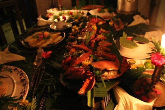 Boracay Private Mt. Casitas Villa: Seafood dinner prepared by Pat 