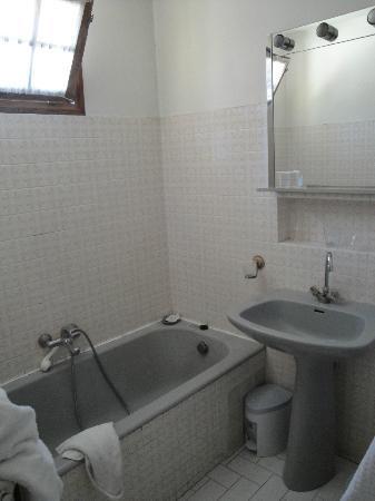 Mas de la Bertrande: Salle de bains