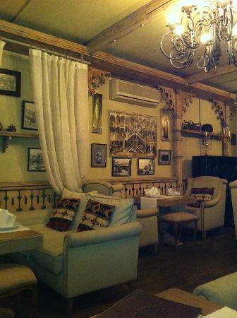 Kebur Palace Hotel: Restaurang