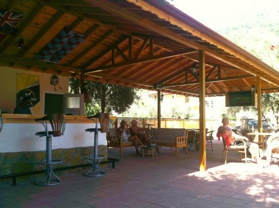 Oludeniz Cafe: lazy mid afternoon in the shade