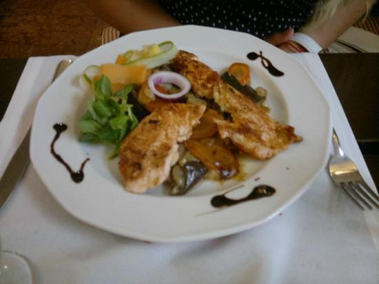 Aranybarany : vegetables with chiken
