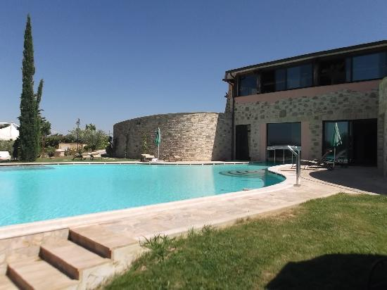 Borgobrufa SPA Resort: la piscina