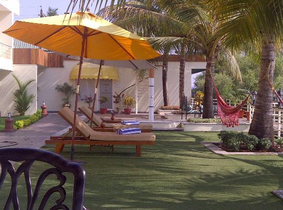 Deltin Palms: Hangout area