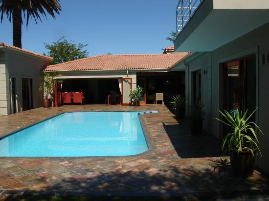 Lord Caledon Guest House: the swimming pool