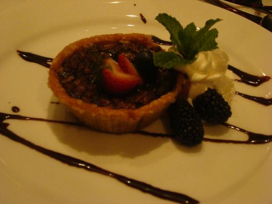 Nottoway Plantation Resort: Chocolate Bourbon Pecan Pie