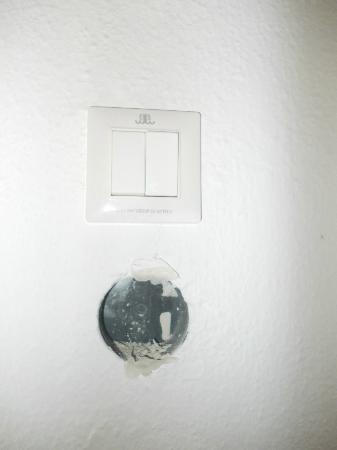 Sunland Hotel: LIGHT SWITCH