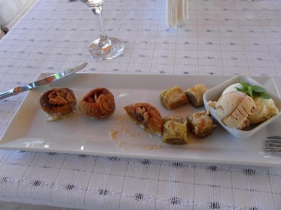Mehmet Ali Aga Mansion: İncir Tatlısı - Baklava - Dondurma