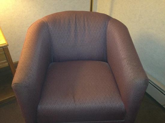 Clarion Hotel Airport: chair 2