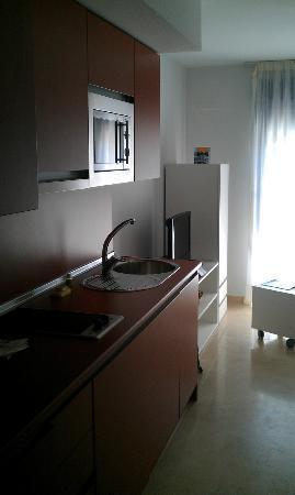 Apartamentos Pierre & Vacances Benalmadena Playa: Cocina