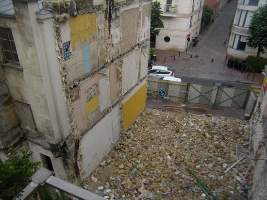 Levallois-Perret, Prancis: View from balcony
