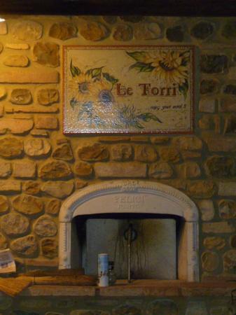 Villa Le Torri: Outdoor Oven at Le Torri