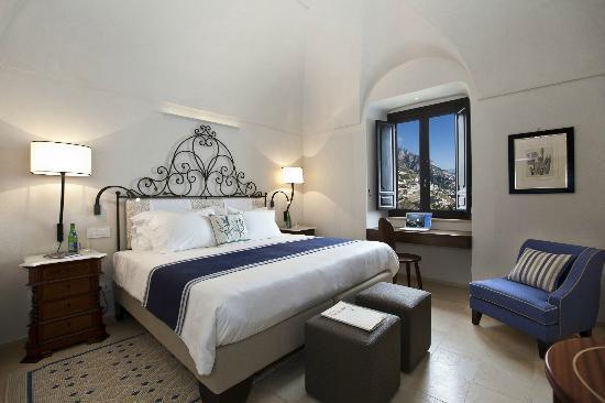 Monastero Santa Rosa Hotel & Spa: Deluxe room