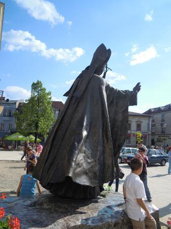 Wadowice, Polonia: la statua bronzea di Papa Wojtyla