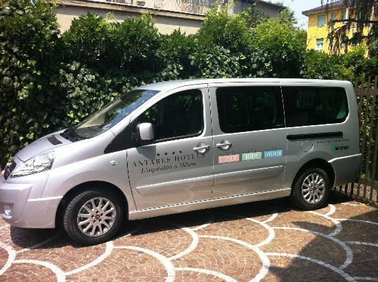 Antares Hotel Accademia: Shuttle Service
