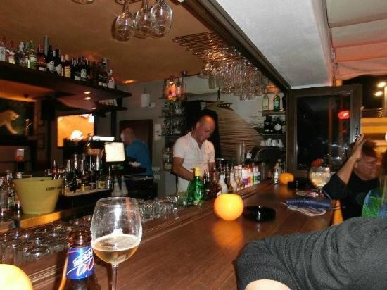 Babylon: Tony - Beste Bartenderen i Byen