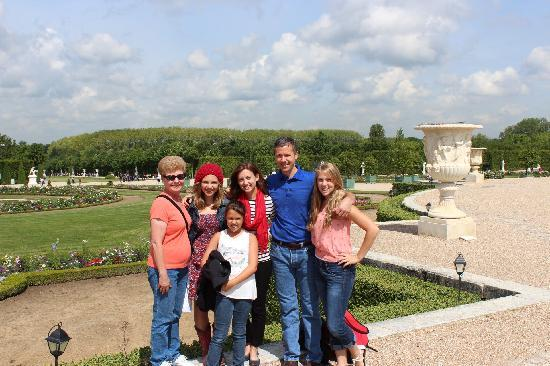 Best of France Tours: Beautiful day at Versailles