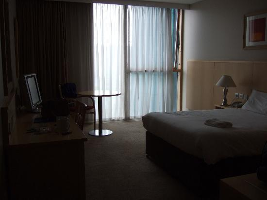Travelodge Dublin Airport South Hotel: Bedroom