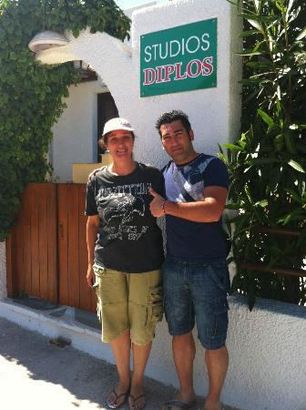 Diplos Studios: Proprietaria