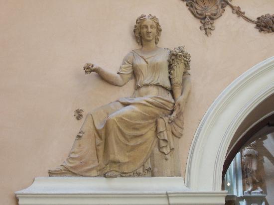 Palacio del Marques de Dos Aguas : Solo una vasta idea, hay muchísimo más que ver