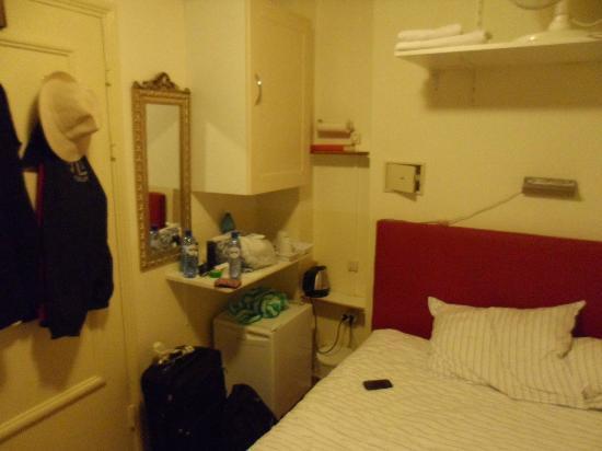 Hotel de Westertoren : habitacion
