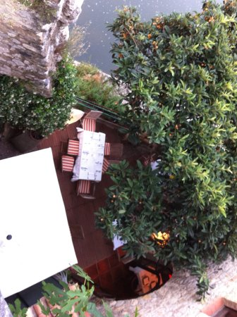 Pont Vell: Vue terrasse depuis rue du haut