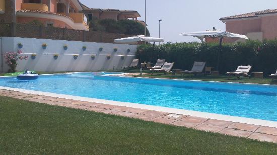 Diana Hotel : piscina hotel