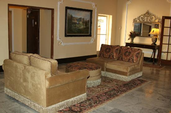 Sonora Inn: Lobby