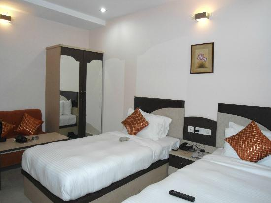 Hotel Royal Highness: Twin Bedded room