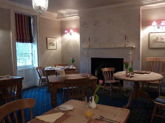 The Fox & Hounds Hotel: Restaurant