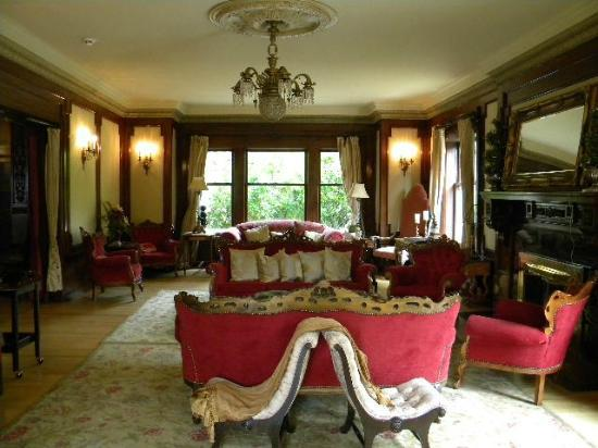 Shafer Baillie Mansion: Sitting room