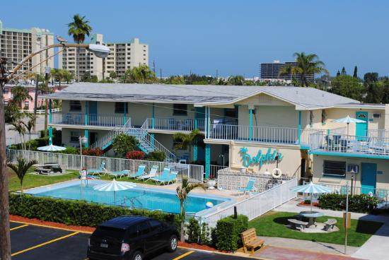 St Pete Beach Suites: Other Hotel Services/Amenities