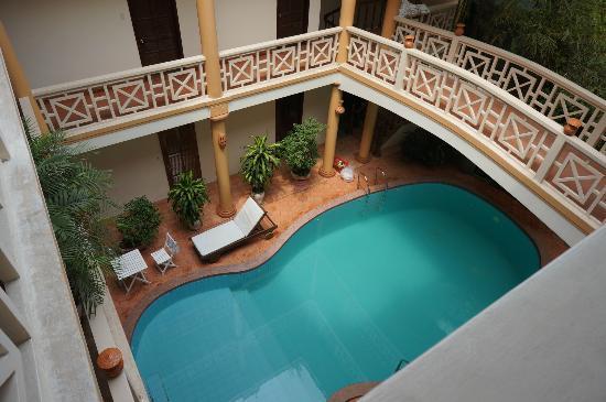 Thanh Van Hotel: La piscine