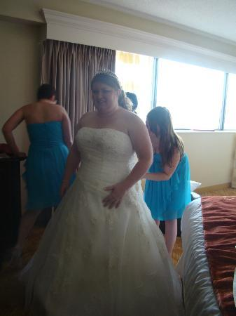 Columbus Marriott: a bright , open area, the perfect place to get ready, my bridesmaids and I all loved it