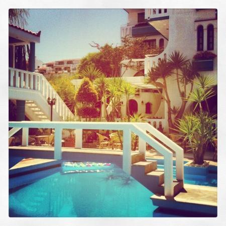 Agia Marina, Yunanistan: pool area