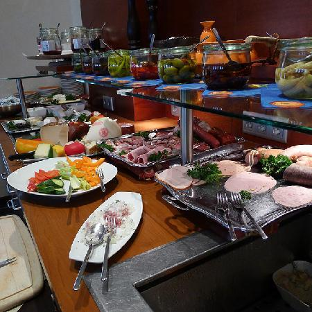 Merian Hotel: breakfast1