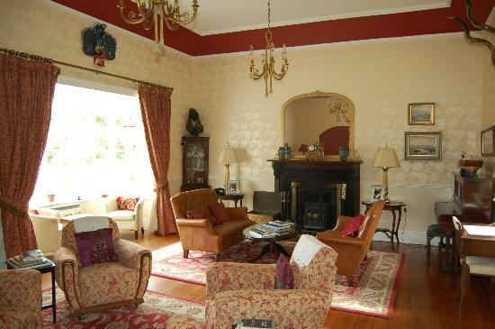 Mallmore Country House: salon
