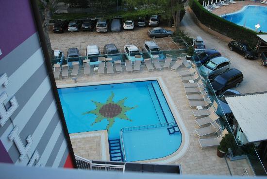 piscina riscaldata hotel helen caorle