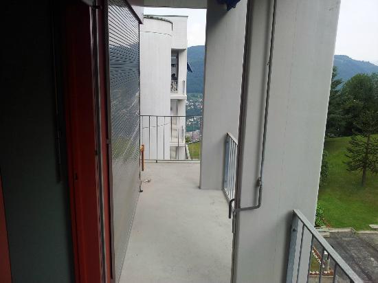 Hotel Serpiano: Mein grosser Balkon vom Eckzimmer.