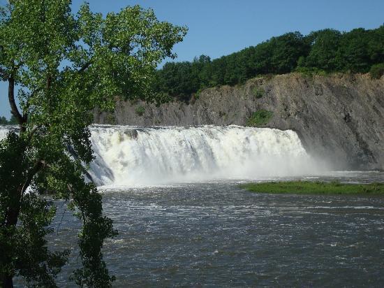 Cohoes Falls, Falls View Park : Cohoes Falls