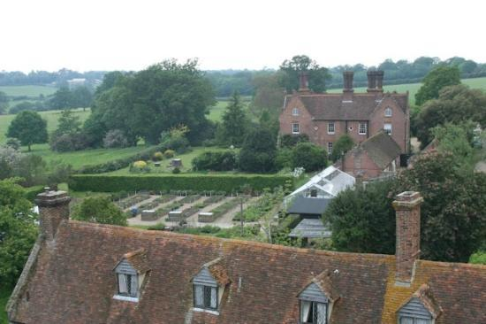 Sissinghurst Castle Farmhouse: View from the tower at Sissinghurst to the B&B in the background