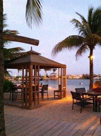 Baoase Luxury Resort: Romantic dining