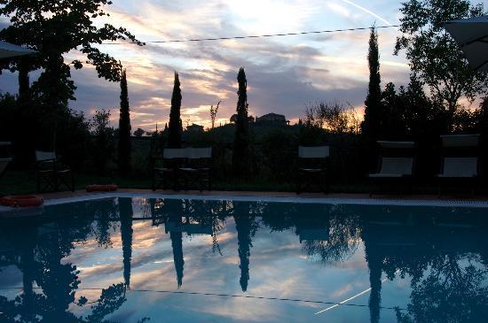 Zwembad hoofdcomplex (Borgo dei Lunardi)