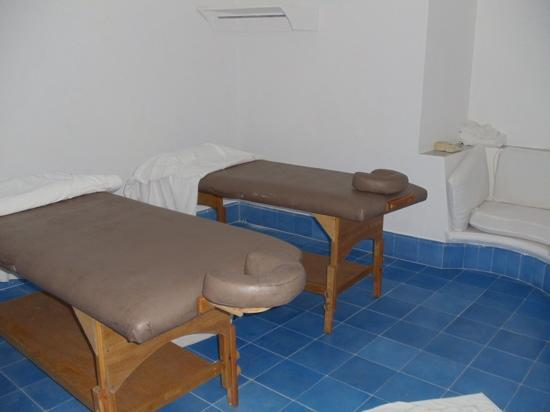 Couples Sans Souci: private massage room at the villa