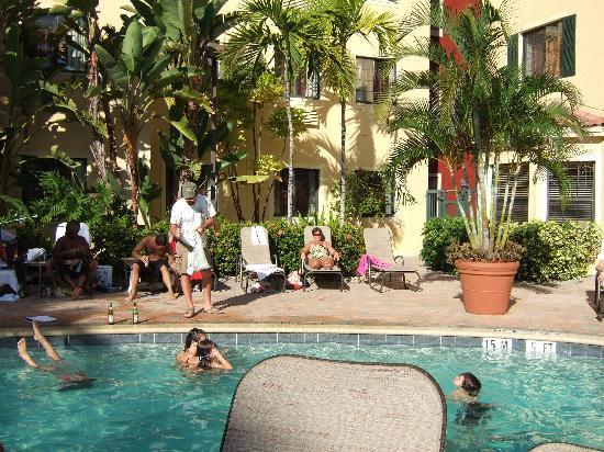 Staybridge Suites Naples-Gulf Coast: GREAT POOL