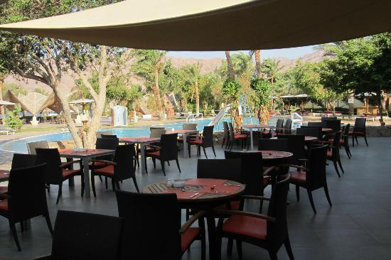 Ibis Styles Dahab Lagoon Hotel: Outside Dining Area