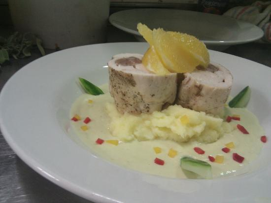 Marsalforn, Μάλτα: Chicken Roulade