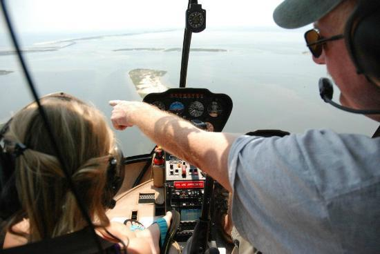 Coastal Helicopters: Pilot Larry talking to my daughter, the 'copilot'