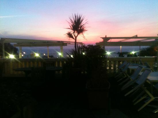Hôtel Le Caritz : coucher du soleil vu de la chambre