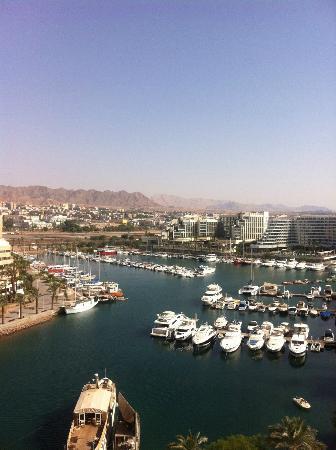 Queen of Sheba Eilat: Ausblick in die Lagune mit dem Hafen von Eilat