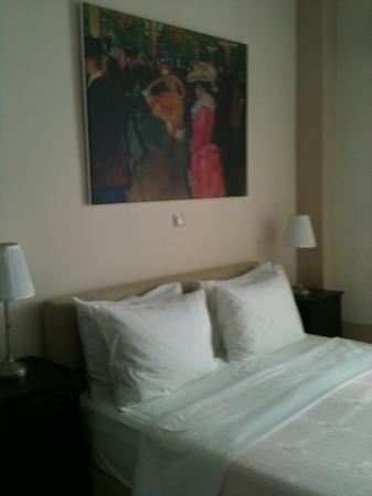 Casa Antica: Our spacious bedroom.